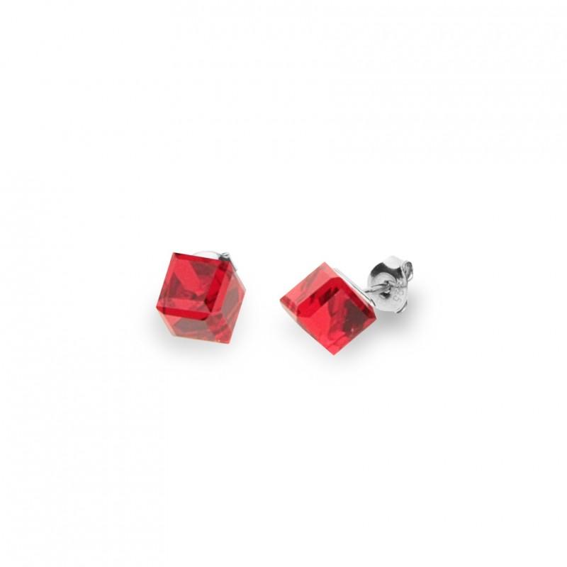 Cube Studs Medium Light Siam.